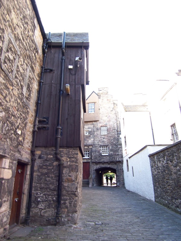 Bakehouse Close just off the Royal Mile