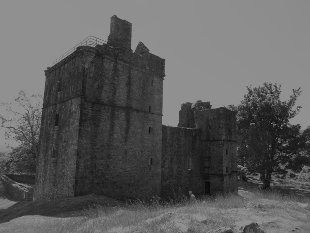 Carnasserie Castle black & white