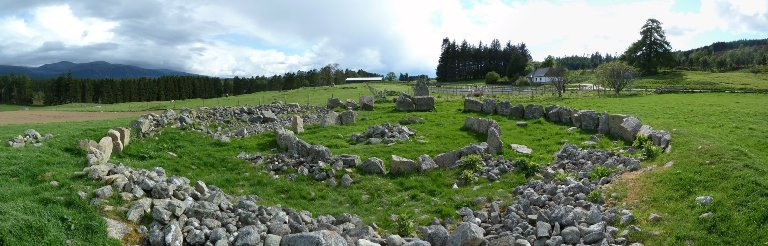 Panoramic picture of Dalfour stone circle