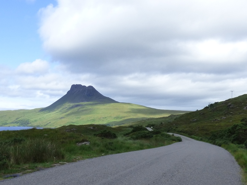 Road to Stac Pollaidh